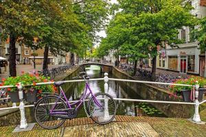 Bike Free walking tour Delft